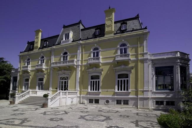 Pestana palace hotel 5 star luxury hotel lisbon go for Luxury hotels lisbon