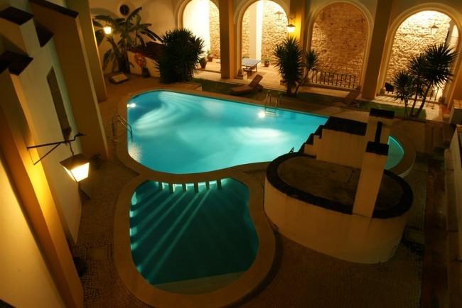 pousada convento vora hotel go discover portugal travel. Black Bedroom Furniture Sets. Home Design Ideas