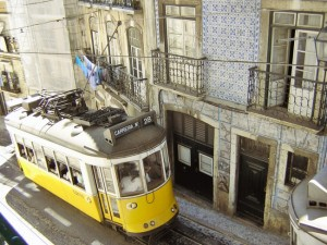 Lisbon tram 28 food tour