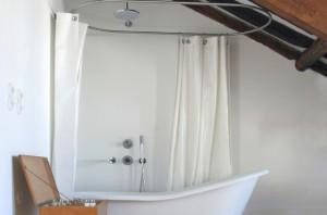 ROSA ET AL, luxury art townhouse for Bed and brunch, Porto
