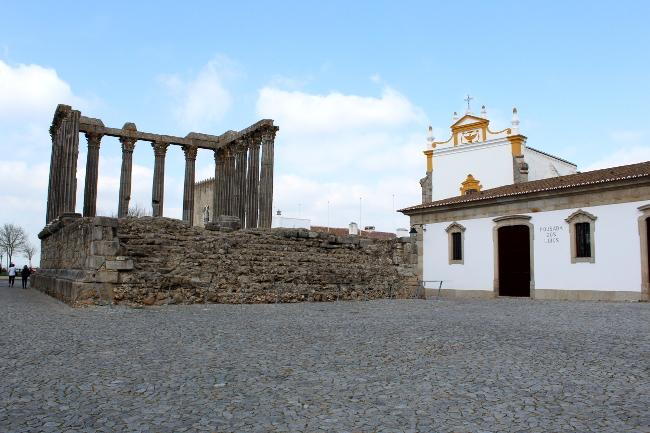 Diana temple Évora