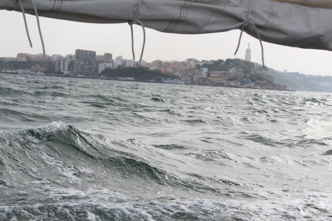 Canoa-saiing Lisbon