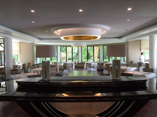 Terra Nostra garden restaurant