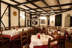Timpanas Fado restaurant, Lisbon