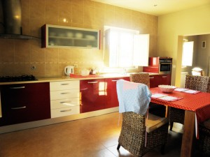 Fully equipped detached holiday home, Tomar