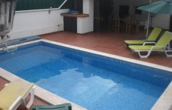 3 bedroom holiday home with swimming pool, center Obidos