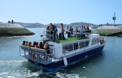 Motorboat cruises of Lisbon for groups