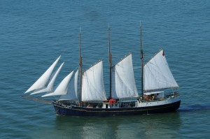 Sailing with catering events for large groups corporate or private, Lisbon
