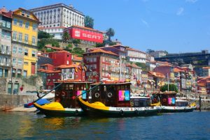 Rabelo boat tours, Porto, Aveiro and the Douro river for groups and team building