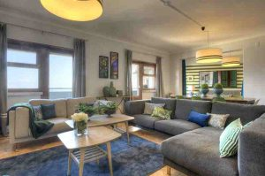 Luxury apartment rental for large groups, Graca, Lisbon