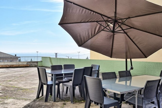 Apolonia terrace apartment rental Lisbon