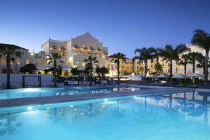 Blue & Green lake resort, business and nature, Algarve