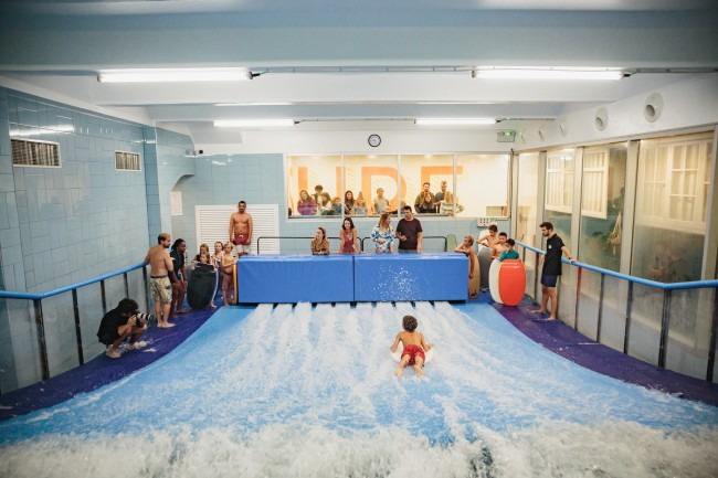 Indoor surfing in the center of Lisbon - team building & group activity