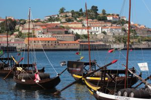 Port wine, Rabelo boats, food and art in Vila Nova de Gaia